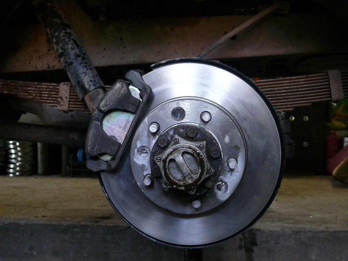 дисковый тормоз на УАЗ