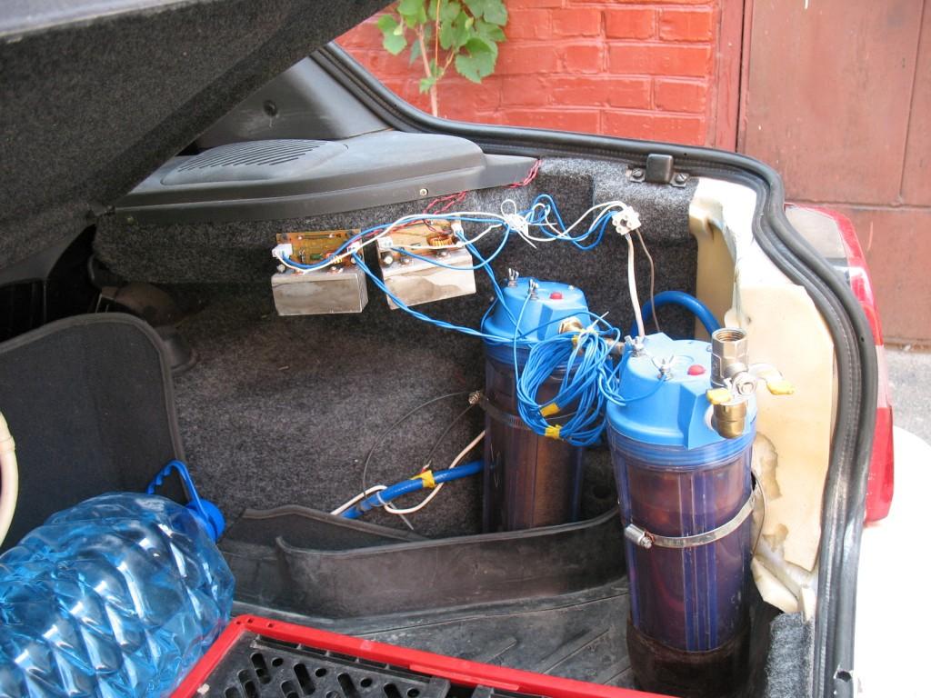 установленный на автомобиле генератор водорода
