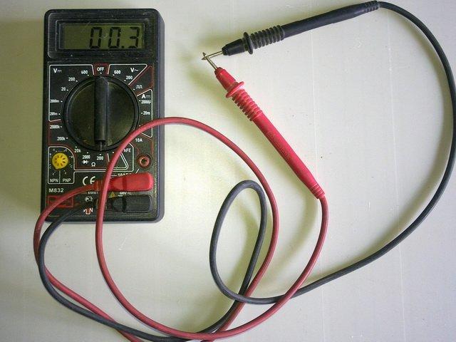 Мультиметр для проверки катушки зажигания
