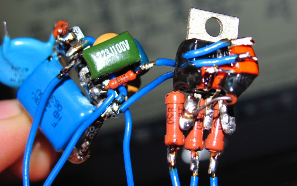 Светидиодный автомобильный стробоскоп фото