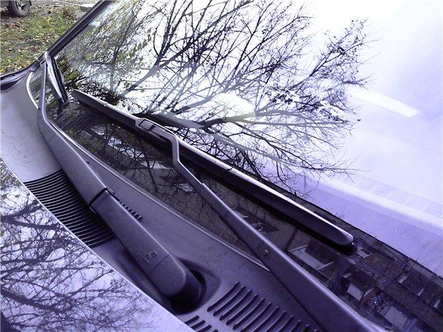 Гибридные дворники на лобовом стекле авто