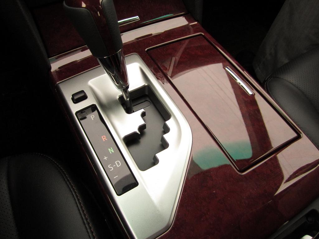 Рычаг автоматической коробки передач