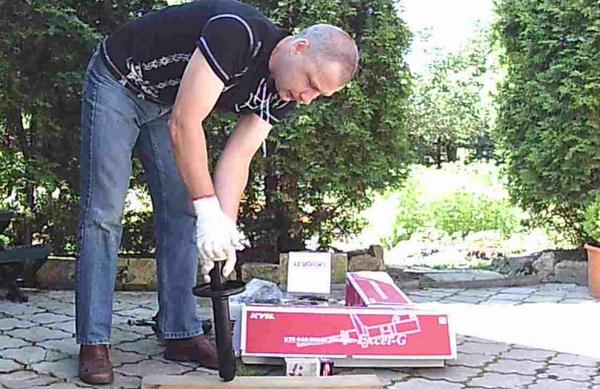 Прокачка автомобильного амортизатора фото