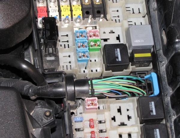 Провода и предохранители компрессора автокондиционера