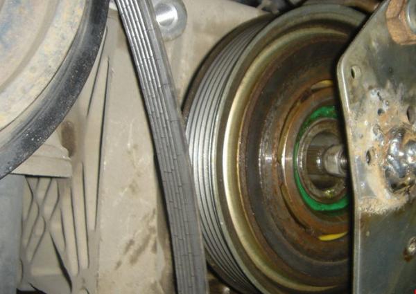 Фото муфты для кондиционера авто