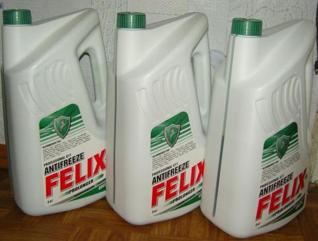 Антифриз Felix зеленого цвета