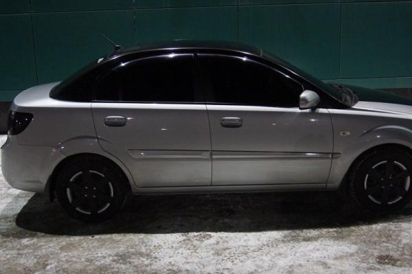 Съемная пленка на стеклах авто