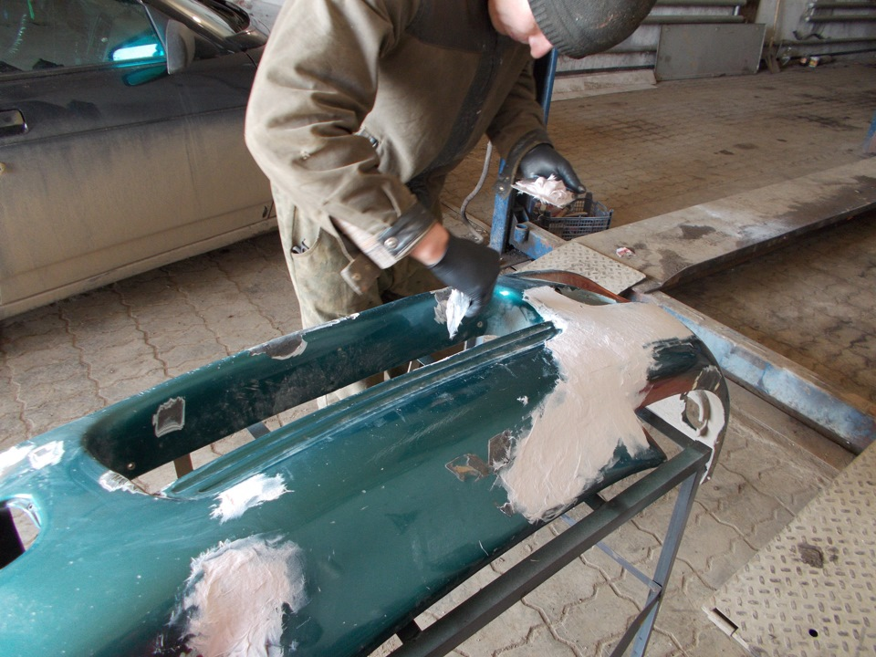 Реставрация салона автомобиля: ремонт пластика и кожи