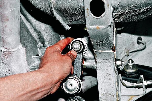 Настройка винтов усиления карданных шарниров