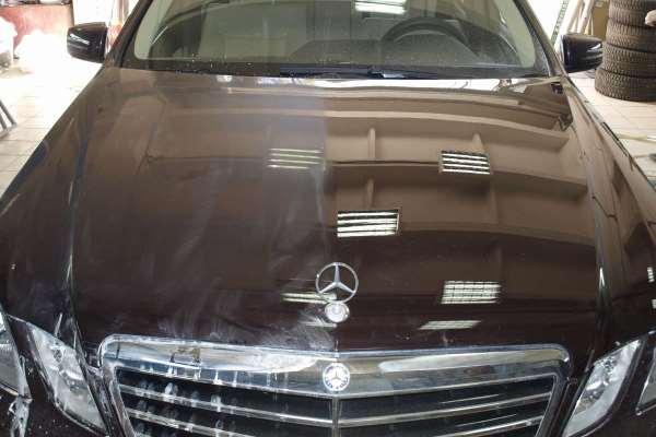Правая часть автомобиля после полировки