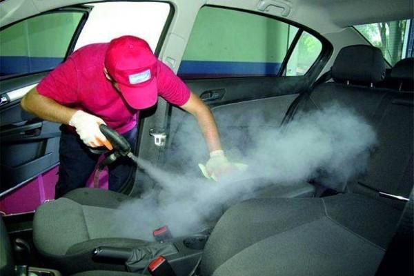 Паровая машина для очистки салона автомобилей