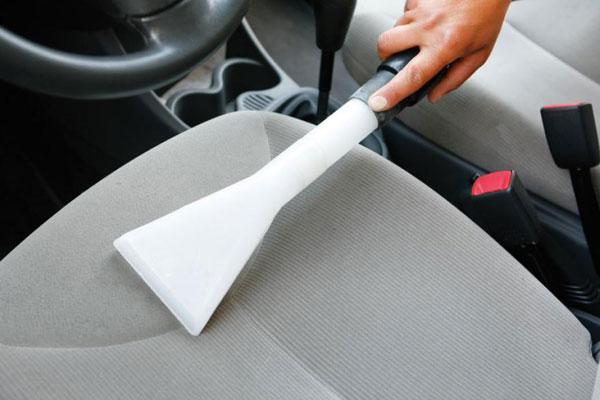 Насадка на пылесос для чистки автомобильных сидений