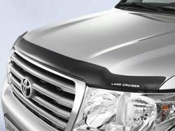 Дефлектор на капоте автомобиля Toyota