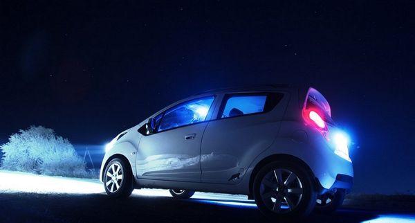 Неправомерно установленные ксеноновые лампочки ослепляют водителей по встречке