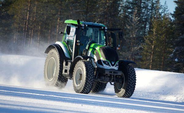 Самоходные машины и тракторы подразделяют на разные категории